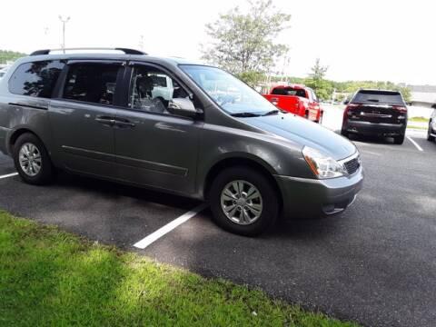 2012 Kia Sedona for sale at Strosnider Chevrolet in Hopewell VA
