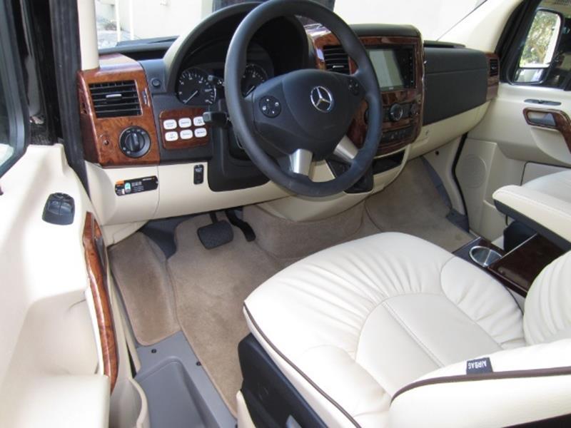 2017 Mercedes-Benz Sprinter 29