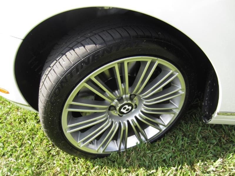 2010 Bentley Continental 27