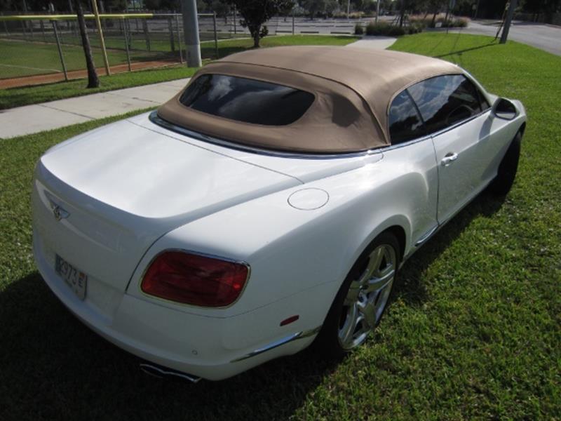 2015 Bentley Continental 22