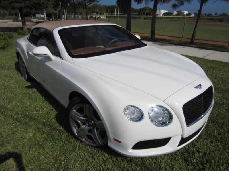 2015 Bentley Continental 21