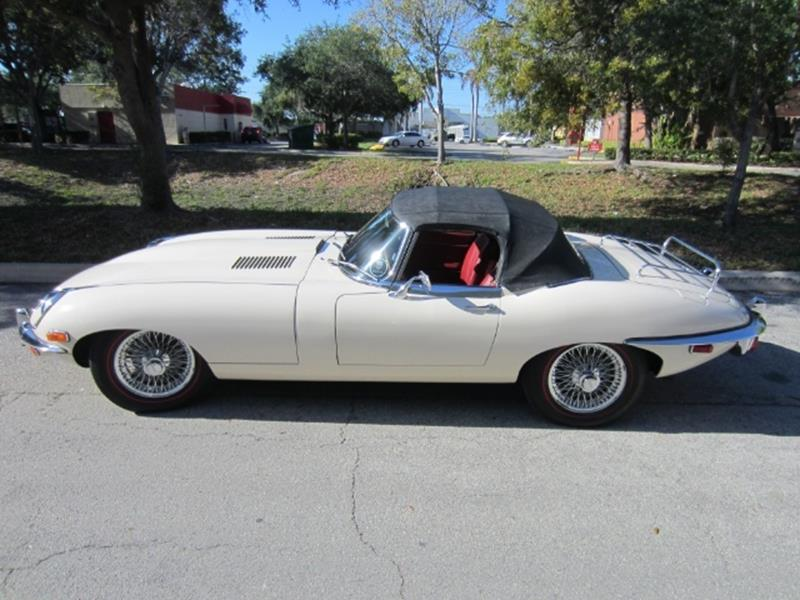 1970 Jaguar E-Type 20