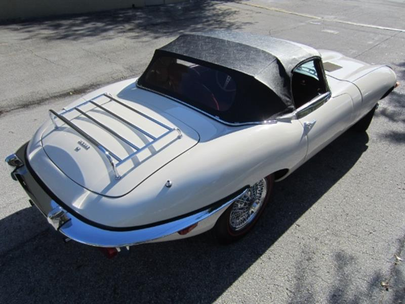 1970 Jaguar E-Type 18