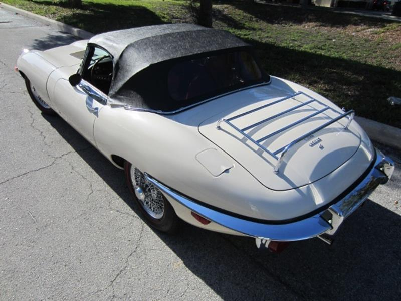 1970 Jaguar E-Type 19