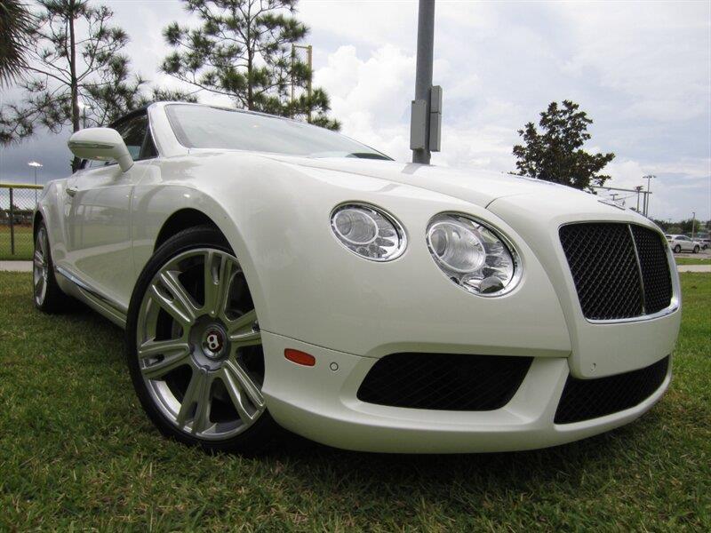 2013 Bentley Continental 22