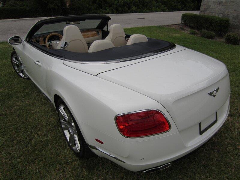 2013 Bentley Continental 13
