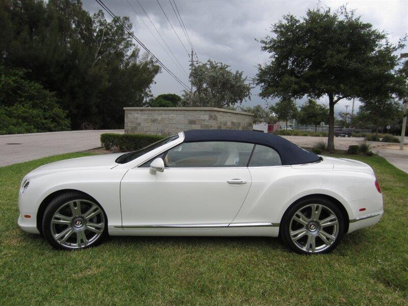 2013 Bentley Continental 25
