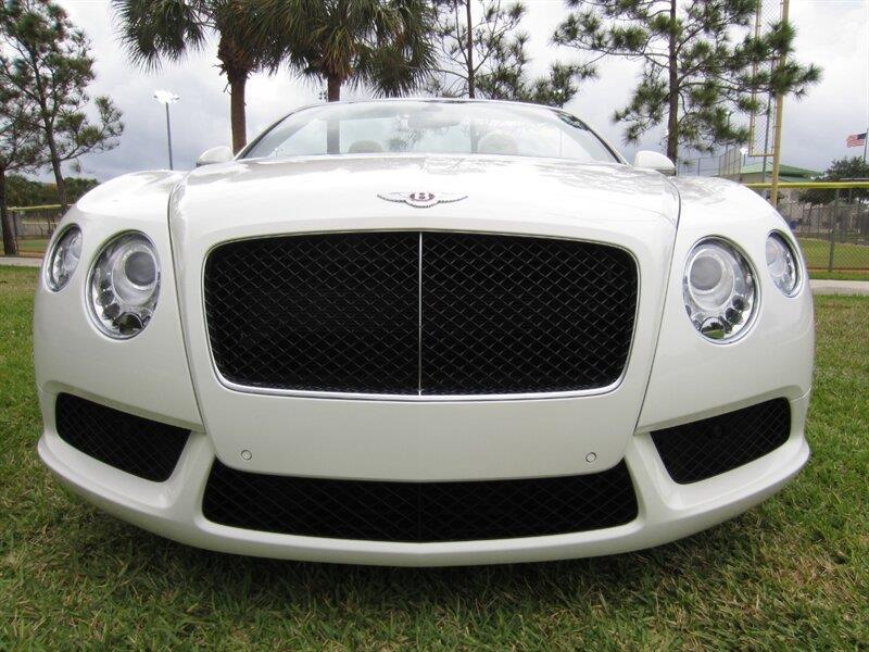 2013 Bentley Continental 18