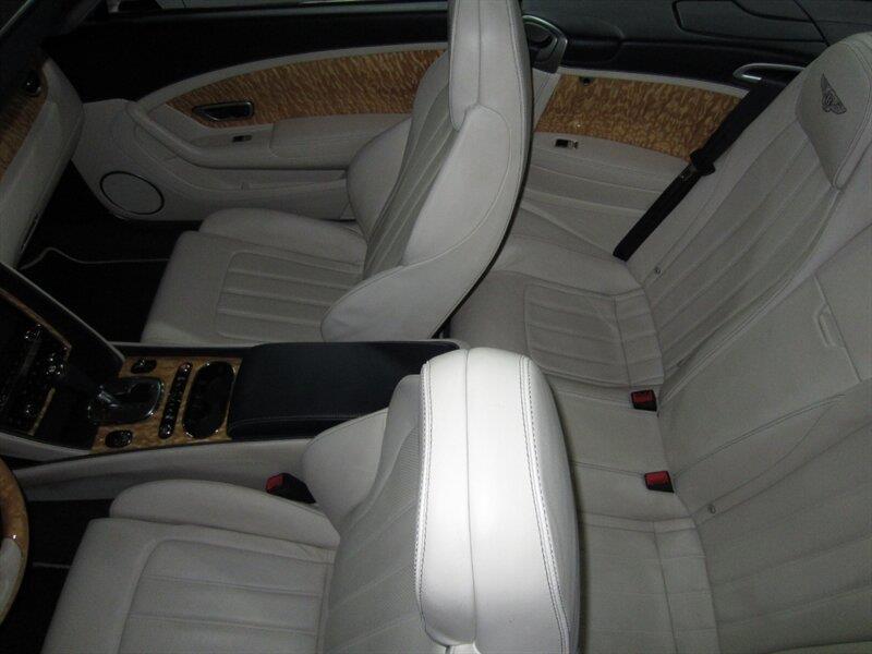 2013 Bentley Continental 9