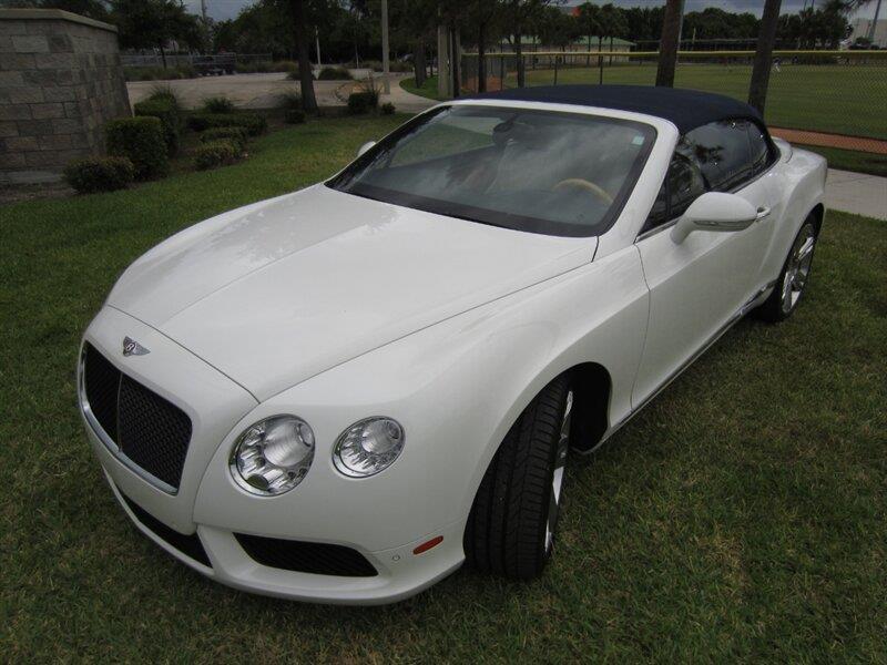 2013 Bentley Continental 21