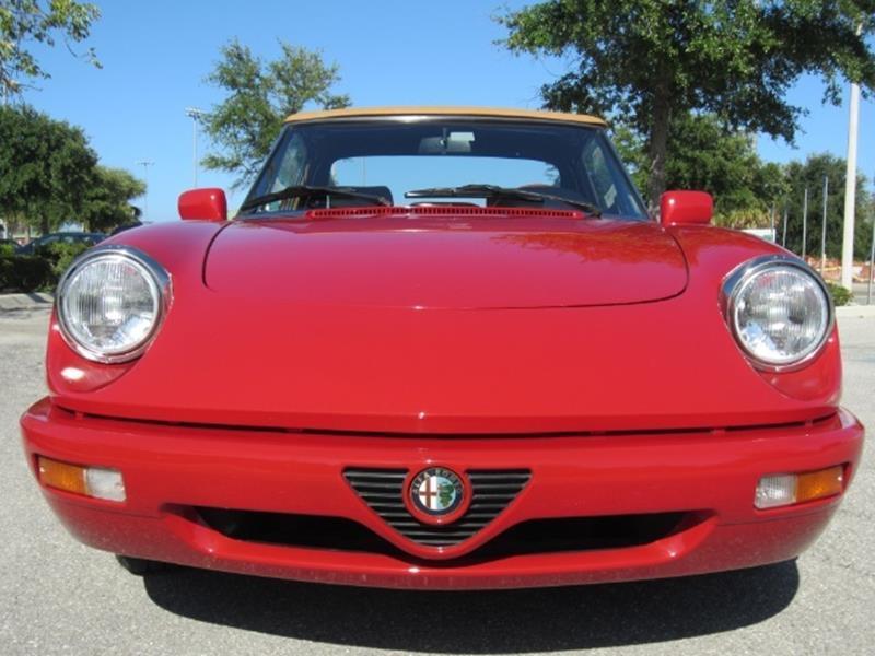 1991 Alfa Romeo Spider 14