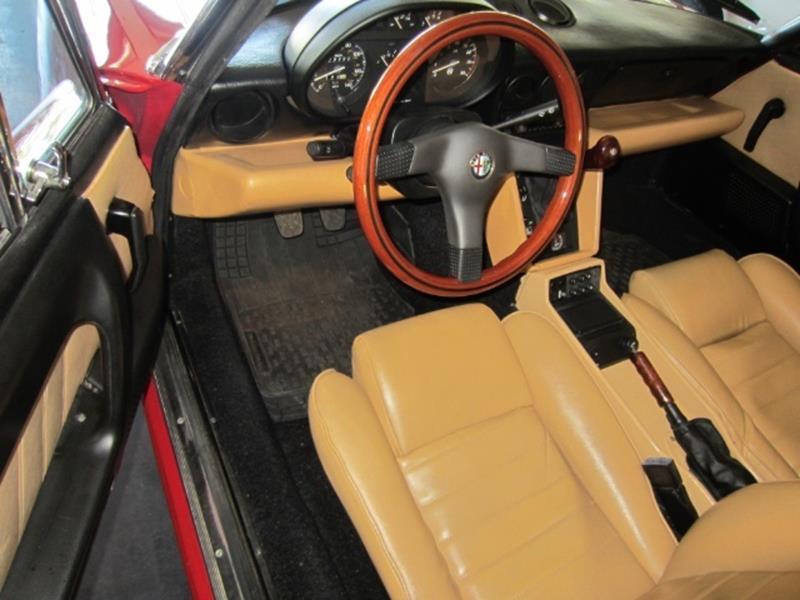 1991 Alfa Romeo Spider 9