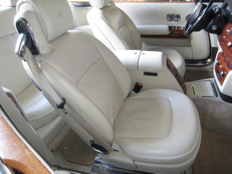 2008 Rolls-Royce Phantom Drophead Coupe 5