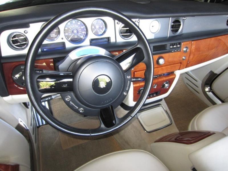 2008 Rolls-Royce Phantom Drophead Coupe 12