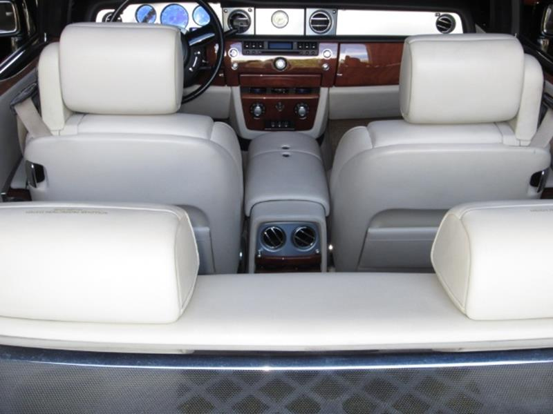 2008 Rolls-Royce Phantom Drophead Coupe 9