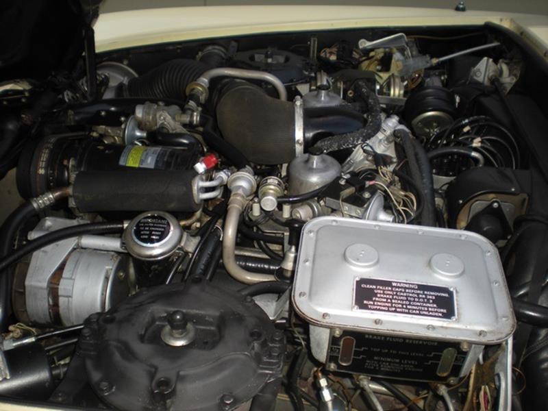 1976 Rolls-Royce Silver Shadow 13