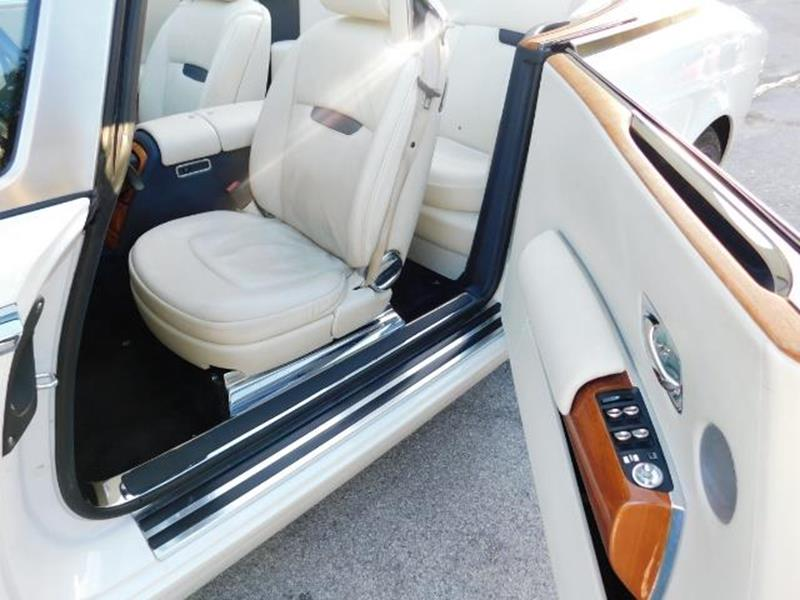 2009 Rolls-Royce Phantom Drophead Coupe 11