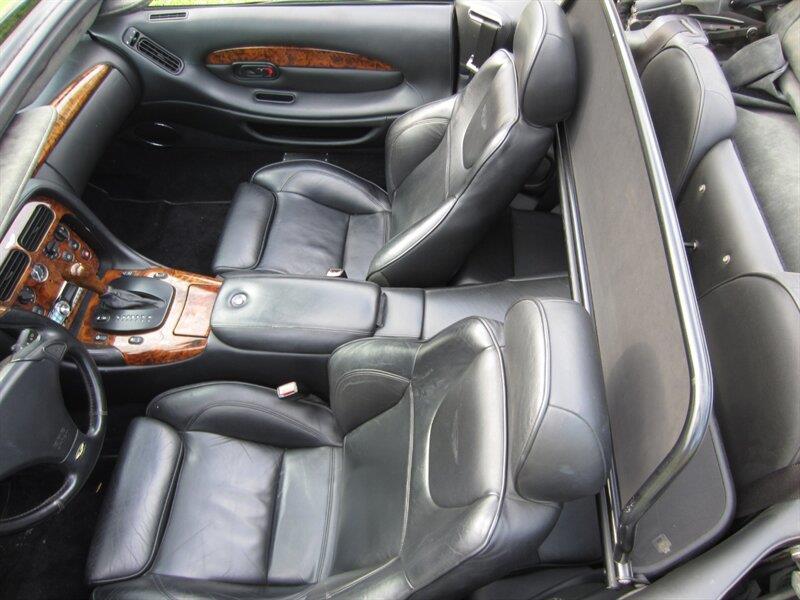 2001 Aston Martin DB7 9