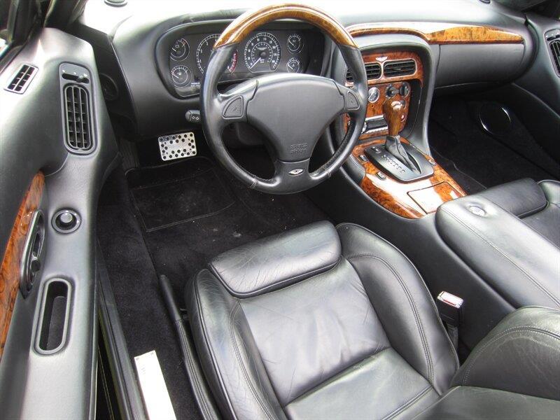 2001 Aston Martin DB7 12