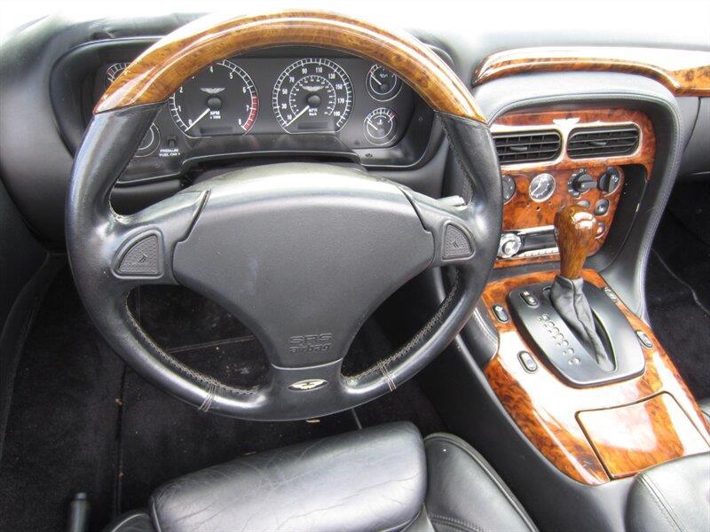 2001 Aston Martin DB7 10
