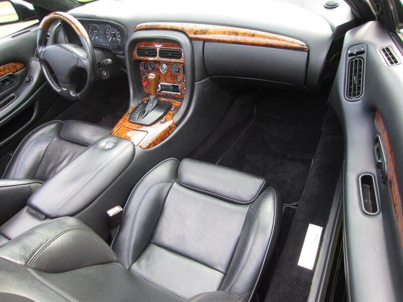 2001 Aston Martin DB7 4