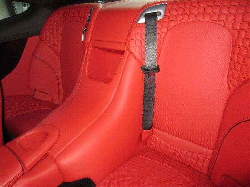 2014 Aston Martin Vanquish 8