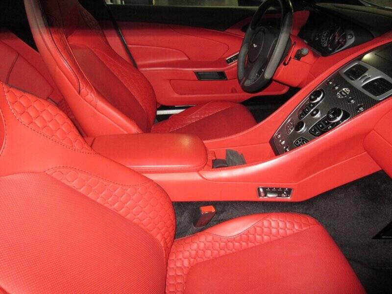 2014 Aston Martin Vanquish 6