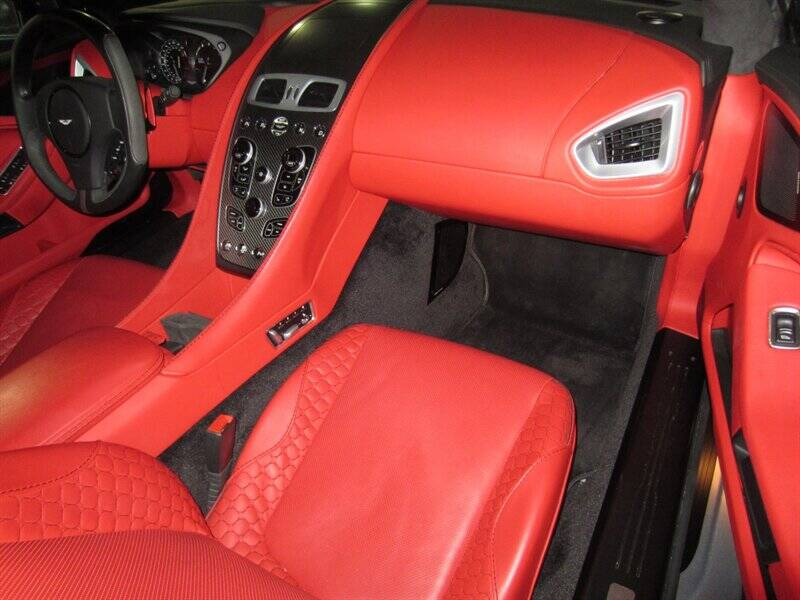 2014 Aston Martin Vanquish 5