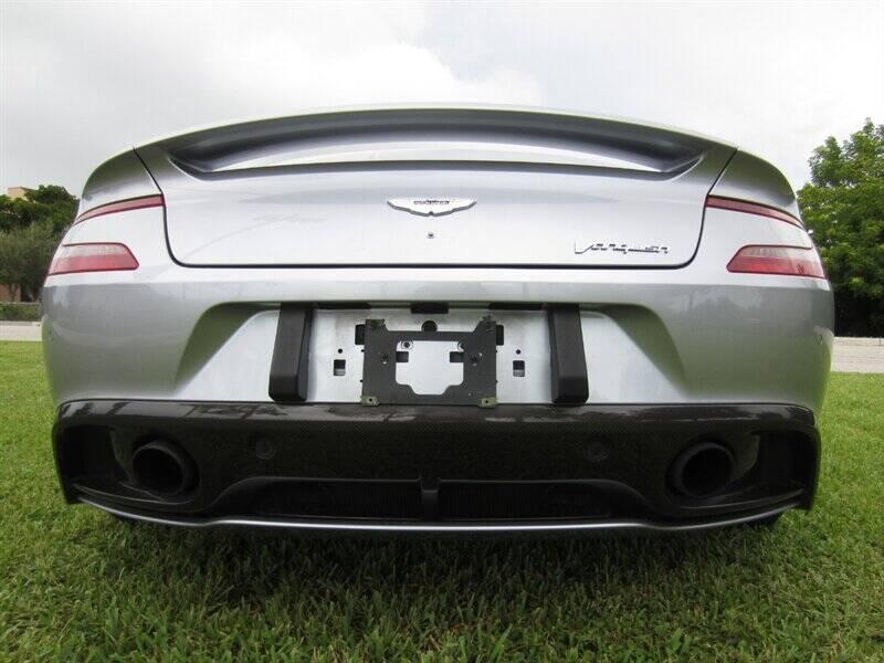2014 Aston Martin Vanquish 15