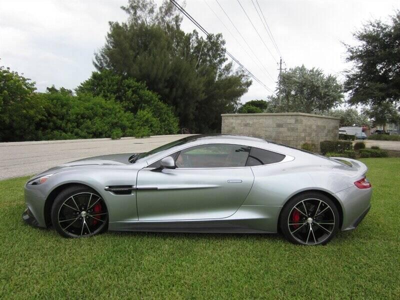 2014 Aston Martin Vanquish 1
