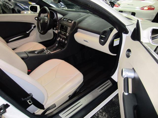 2005 Mercedes-Benz SLK 4