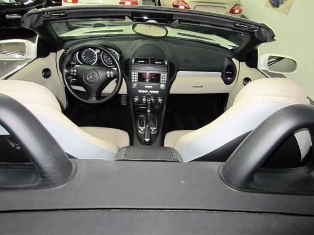2005 Mercedes-Benz SLK 6