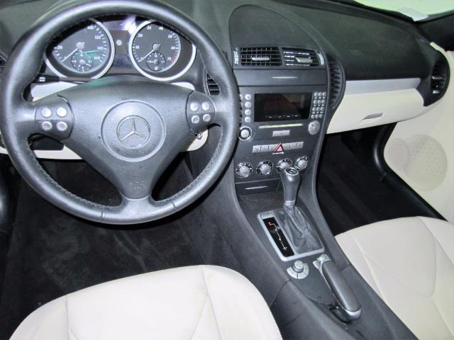 2005 Mercedes-Benz SLK 7