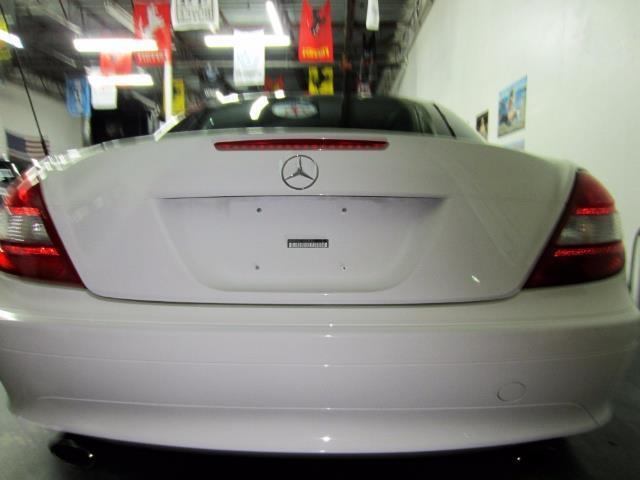 2005 Mercedes-Benz SLK 10