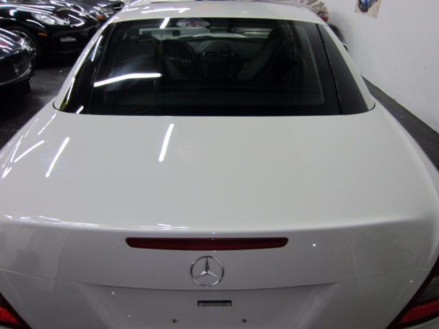2005 Mercedes-Benz SLK 12