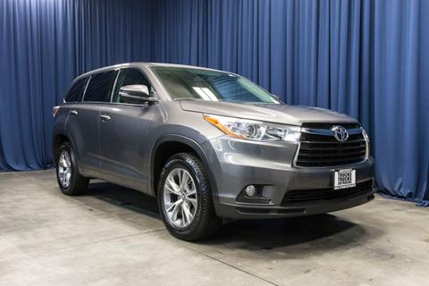 2016 Toyota Highlander for sale in Lynnwood, WA