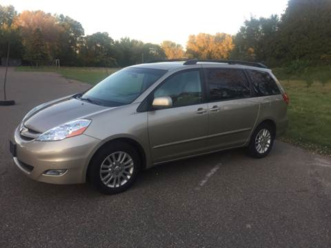 2010 Toyota Sienna for sale in New Brighton, MN