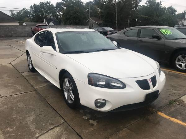2006 Pontiac Grand Prix car for sale in Detroit