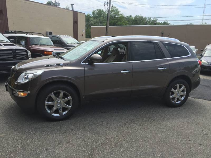 2010 Buick Enclave for sale at Matrone and Son Auto in Tallman NY