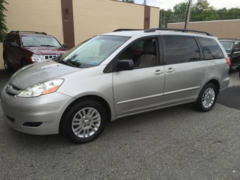 2007 Toyota Sienna for sale at Matrone and Son Auto in Tallman NY