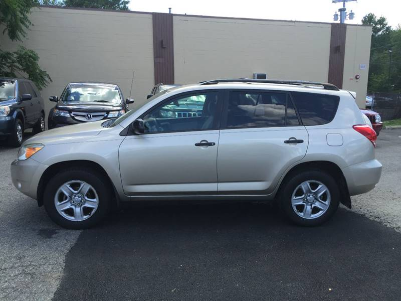 2007 Toyota RAV4 for sale at Matrone and Son Auto in Tallman NY