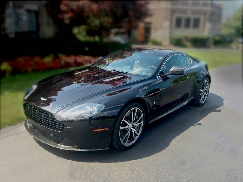 2013 Aston Martin V8 Vantage Low Low Original Miles Like New In