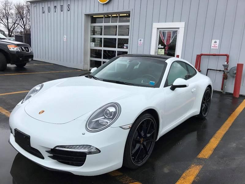 2013 Porsche 911 Carrera Premium Package w/18 way power seats - Amherst NY
