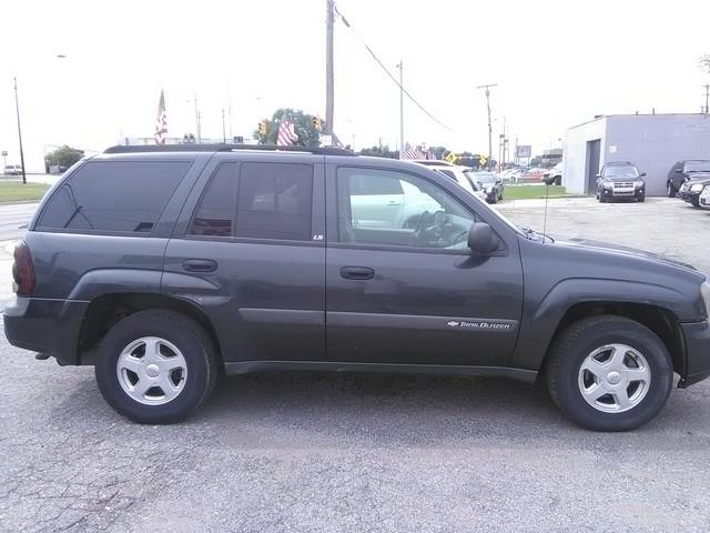 2003 Chevrolet TrailBlazer LS 4WD 4dr SUV - Clinton Township MI