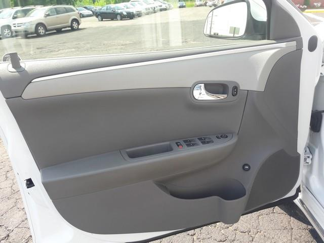 2010 Chevrolet Malibu Hybrid 4dr Sedan - Clinton Township MI