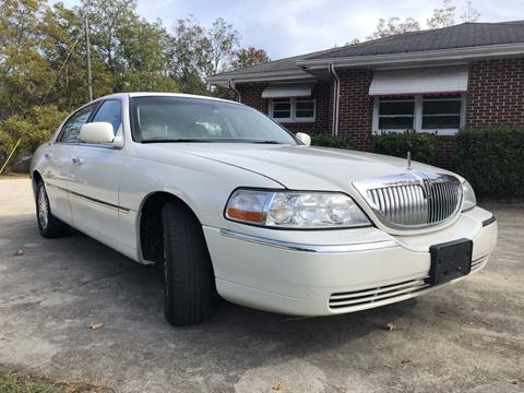2006 Lincoln Town Car for sale at L & M Auto Broker in Stone Mountain GA