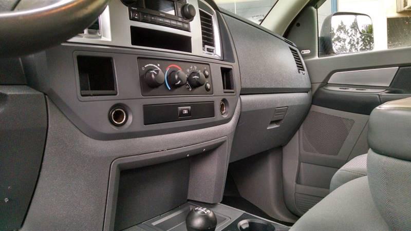 2007 Dodge Ram Pickup 2500 SLT 4dr Quad Cab 4x4 SB - Elba NY