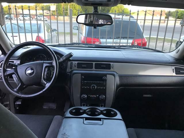 2009 Chevrolet Suburban 4x2 LS 1500 4dr SUV - San Antonio TX