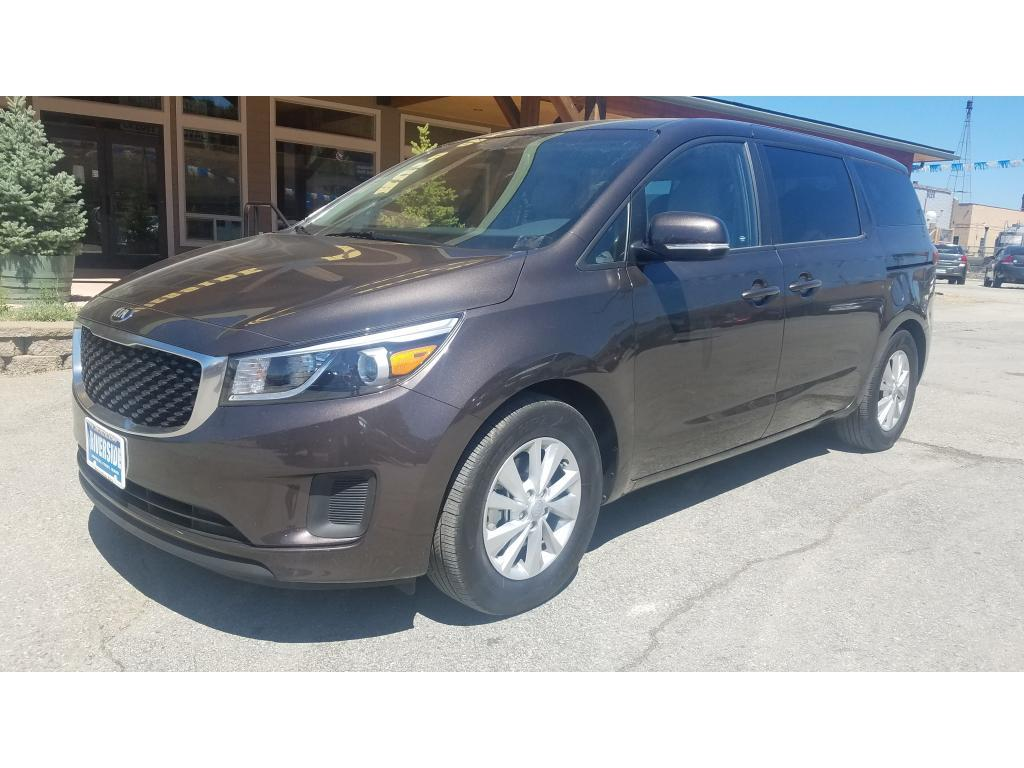 2017 Kia Sedona for sale at Riverside Auto Center in Bonners Ferry ID
