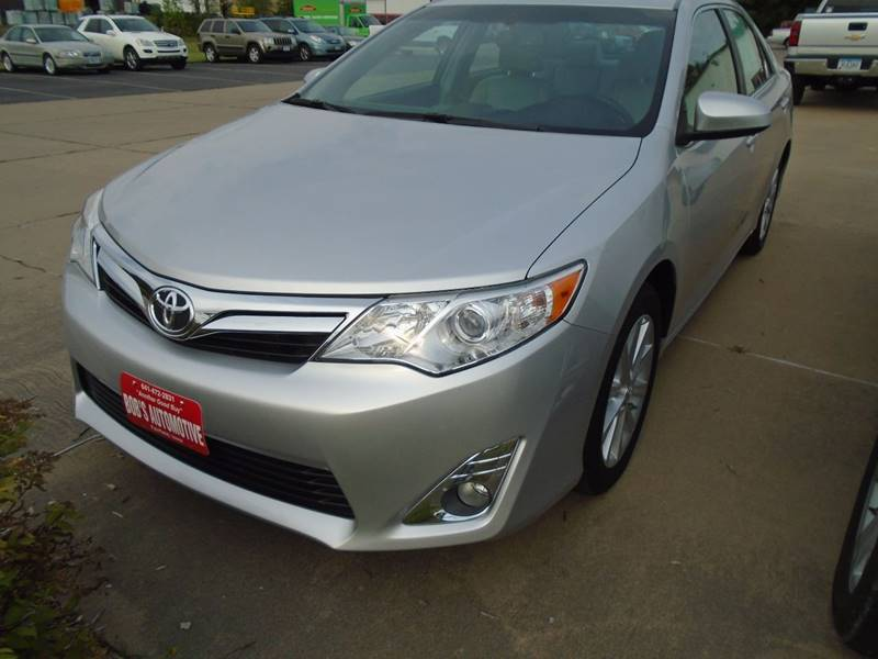 2014 Toyota Camry XLE V6 4dr Sedan - Fairfield IA